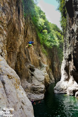 Hervin jumps to the Somoto Canyon in Nicaragua from 21 metres.