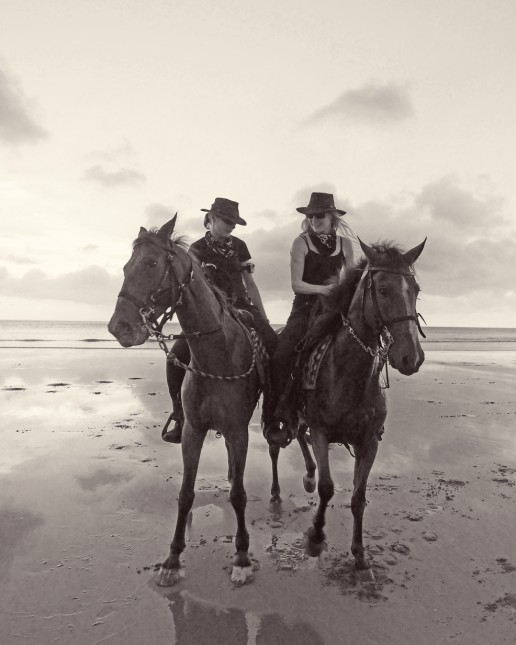 Piritta and Niina at the beach in the Rancho Chilamate Sunset Riding Tour, Nicaragua