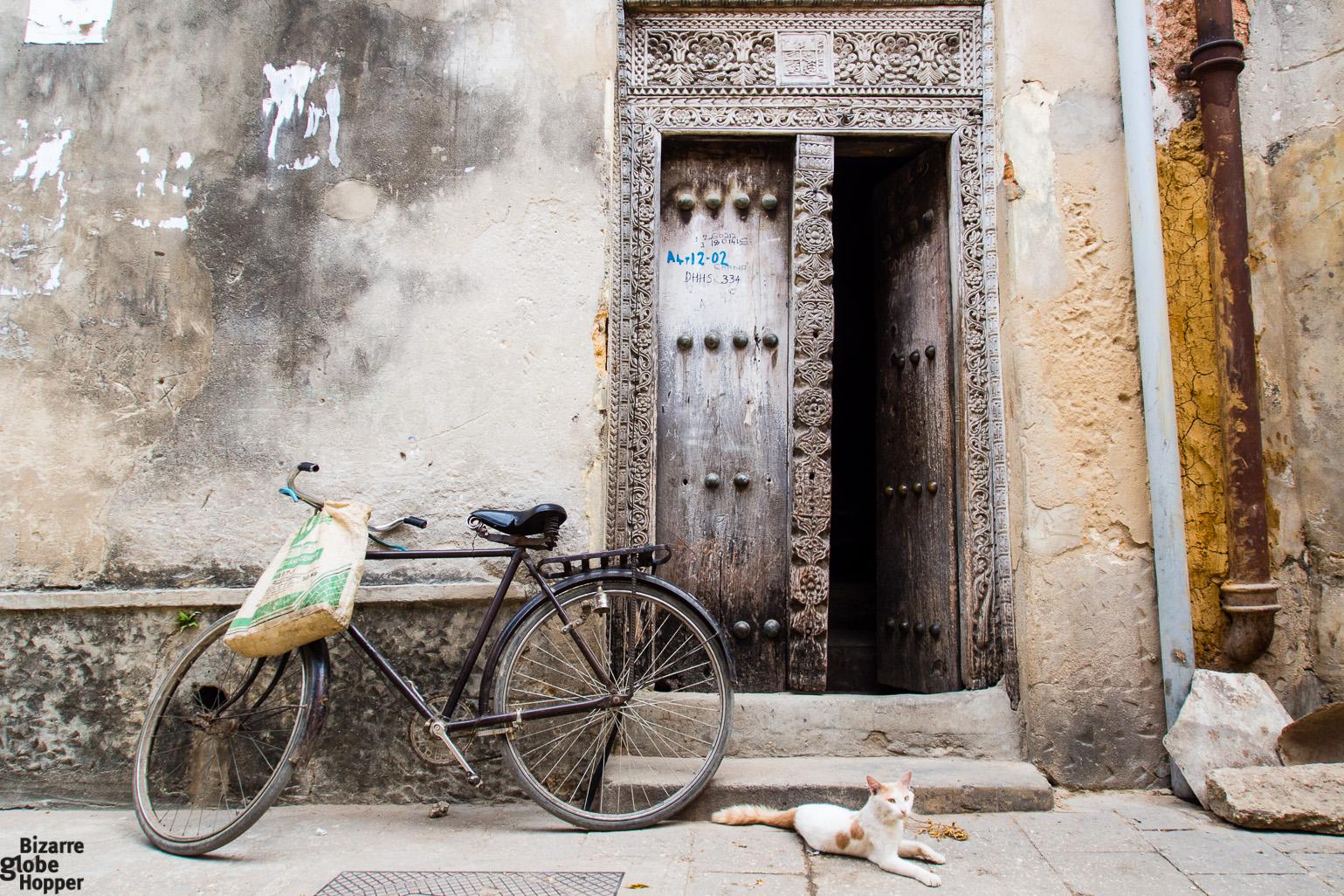 Carved wooden door Stone Town Zanzibar & The Doors of Stone Town Zanzibar \u2013 Bizarre Globe Hopper