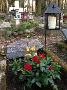 Grave stones in Maunula Pet Cemetery (Eläinten Hautausmaa), Helsinki