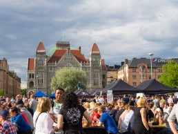 Helsinki Railway Square filled with craft beer thirsty crowd
