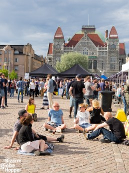 Finnish National Theathre guards the railway Square – and the summer beer festivals of Helsinki