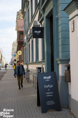 Miit Café combines high-quality coffee beans from Latvia and the rest of Europe with vegetarian food